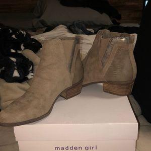 """STEVE MADDEN """"MADDEN GIRL"""" BOOTIES"""